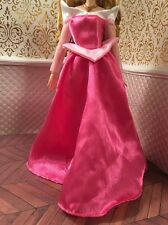 Aurora Sleeping Beauty Medieval Pink Gown Disney Store Classic Barbie Doll Dress