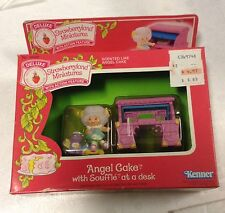 Vintage 1983 Strawberry Shortcake Miniatures Angel Cake with Soufflé New in Box