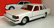 Tomica 1/43 Scale DJ-005 Toyota Crown Pearl white Vintage diecast car