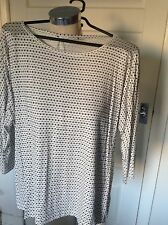 Jaeger White And Black Pattern Loose Top Size L
