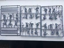 Marca nuevo Warhammer el señor de los anillos 29 totalmente nuevo urakhai Figuras para Pintar