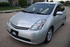 Toyota: Prius HYBRID