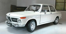 G LGB 1:24 Scale BMW 2002 Ti Tii 1966 V Detailed Welly Diecast Model Car 24053