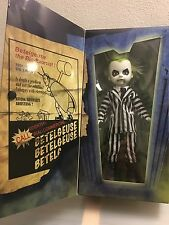 LIVING DEAD DOLLS PRESENT - BEETLEJUICE -EXCLUSIVE - Tim Burton