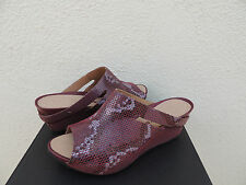 TSUBO OVID SNAKE SANGRIA LEATHER PLATFORM WEDGE HEELS, US 7/ EUR 38  ~NIB