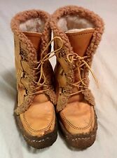 Maple Leaf Shoe leather Mukluk style snow boots - Vintage authentic Canada