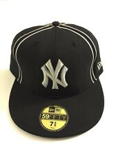 New Era New York Yankees Fitted Hat Black & Silver Baseball Cap 7-5/8 (60.6cm)