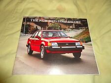 19851/2 FORD ESCORT BOOK