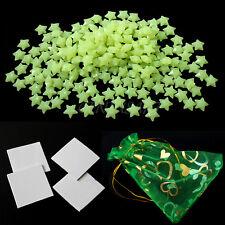 200 Stk. 3D Leuchtend Sterne mit Beutel Klebeband Sticker Wandtattoo Zimmerdecke