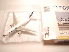 Boeing B777-200 CONTINANTAL / N77006, Herpa Wings #560429 in 1:400 boxed