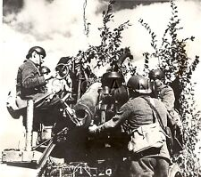 WWII US Press Photo- French Soldier- Artillery- 75mm Cannon- Gun Engages Germans