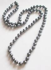 VINTAGE 1960'S GREY / SILVER TONE GLASS PEARL BEADS KNOTTED NECKLACE - TRIFARI T