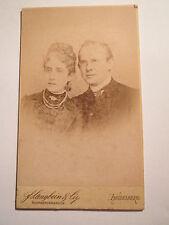 Heidelberg - Paar . Mann mit Brille & Frau mit Kette - Portrait / CDV
