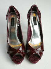 White House Black Market Red Patent Leather Heels w/ Snakeskin Details Sz 10M