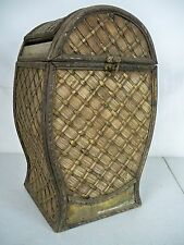 WOODEN WOVEN GARBAGE WASTE BASKET CAN VINTAGE