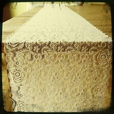 1 Light Beige/Ivory Finest Lace - Table Runner