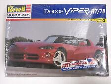 Factory sealed Revell  #85-6260 Dodge Viper RT/10 1:25 model kit,1995
