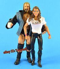 TRIPLE H STEPHANIE MCMAHON Jakks CLASSIC SUPERSTARS WWE FIGUR_WWF_AUTHORITY_s102