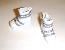 Barbie Doll Sized Shoes Short White Snow Boots For Barbie Dolls ac278