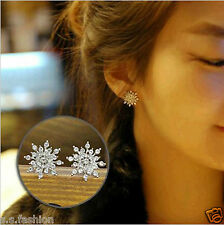 Fashion Elegant Jewellery Rhinestone Snowflake Shape Crystal Stud Earrings.