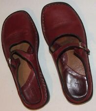 Born-Red Leather Mary Jane Slide Clog Mule Slip-On Flats Size 7M/W38
