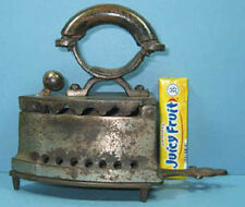 AUTHENTIC & OLD TOY CHARCOAL IRON W/TRIVET VERY CUTE ****NOW ON SALE****  CI 852