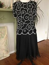 Womens Size 16 Papell Boutique Black White Silk Beaded Holiday Cocktail Dress