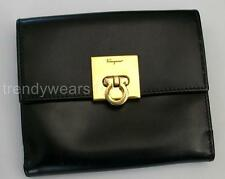 VINTAGE SALVATORE FERRAGAMO ITALIAN BLACK LEATHER WALLET GANCIO ATTACHMENT