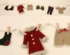 """CHRISTMAS GARLAND WINTER CLOTHES ON CLOTHESLINE CHRISTMAS ACCENTS 52"""" LONG"""