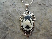 BEAUTIFUL HORSE AND HORSESHOE CAMEO NECKLAC!! LUCKY!!! .925 SILV. PLATE CHAIN!!!