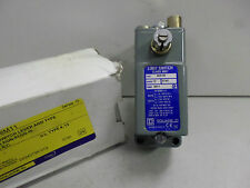 SQUARE D - Position Switch Lever Arm Type - Deep Box -  9007AO12