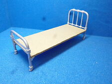 1/12 Dolls House    Servants or Childs  Single Bed Ends   DH134