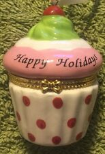 ROMAN-  SWEET MEMORIES CUPCAKE ORNAMENT-HAPPY HOLIDAYS-NEW CONDITION
