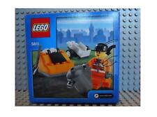 LEGO CITY- WORKER TRASH COLLECTOR WITH ACCESSSORIES #5611