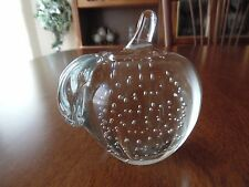 APPLE PAPERWEIGHT- MINT CONDITION & BEAUTIFUL SMOKE FREE HOME- SAME DAY SHIPPING
