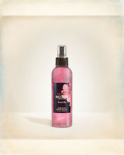 Hollister Co. Bettys CRESCENT BAY Shimmer Body Mist 6.7 fl oz / 200 mL