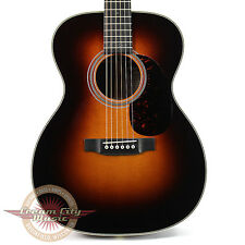 Brand New Martin 000-28EC Eric Clapton Signature 1935 Style Acoustic in Sunburst