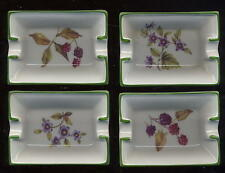 Quatre petits cendriers de table fruits d'automne
