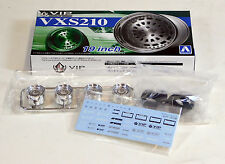 "Aoshima 1/24 VIP VXS210 19"" Wheel & Tire Set For Plastic Models 2471 (08)"