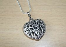 PRETTY TIBET SILVER FILLIGREE HEART PENDANT & 18inch CHAIN