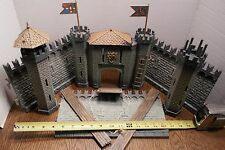 VINTAGE MEDIEVAL CASTLE TIBIDABO MADE IN ITALY PLASTIC 1960'S 1970'S - RARE FIND