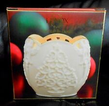 LENOX VOTIVE CHRISTMAS MERRY LIGHTS TREE CANDLE HOLDER WHITE PORCELAIN, IN BOX!