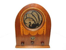 Jackson-Bell Swan or Peacock Art Deco Cathedral Wood Case AM Tube Radio Model 62