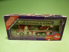 SIKU 3433 MERCEDES BENZ FIRE ENGINE + LADDER - 1:55 - GOOD CONDITION IN BOX
