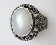 White Moonstone Ring in Sterling Silver sz 8.25 --- 5.62cts, 7.3grams