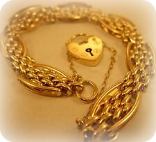 9 carat Gold Fancy link Gate style Bracelet and Heart shaped Padlock