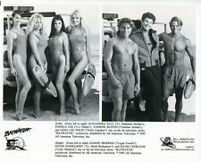 PAMELA LEE ALEXANDRA PAUL BUSTY SWIMSUIT LEGGY BAYWATCH CAST 1995 TV PRESS PHOTO