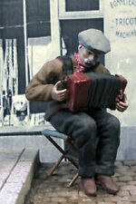 1/35 Scale Accordion player sitting on a folding seat - Resin model kit