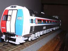 WALTH/PROTO #920-14801 AMTRAK 85' Budd Metroliner Snack-Bar Coach #868 H.O.Gauge