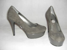 NEW Guess grey suede shoes US10